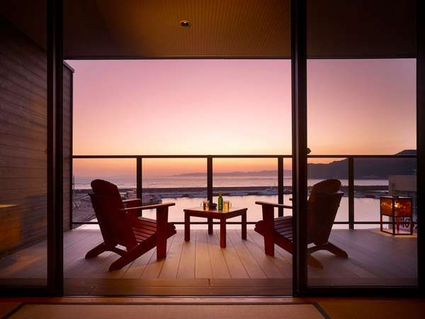 【三水別邸】客室テラスからきれいな夕景を(一例)