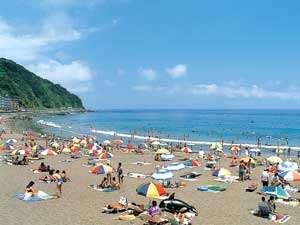 熱川YOU湯ビーチ夏休みは、海水浴&温泉三昧!