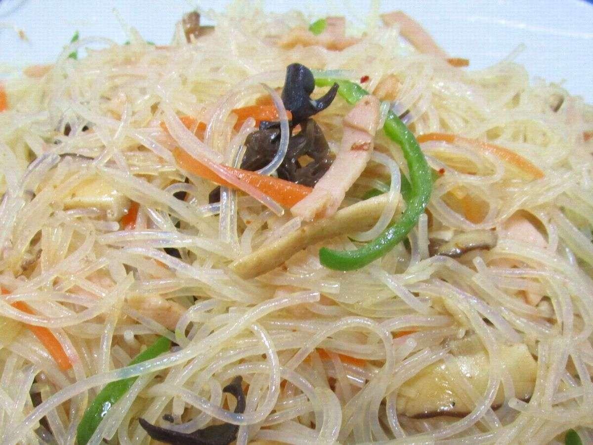 【朝食日替り一例】シャキシャキ野菜チャプチェ