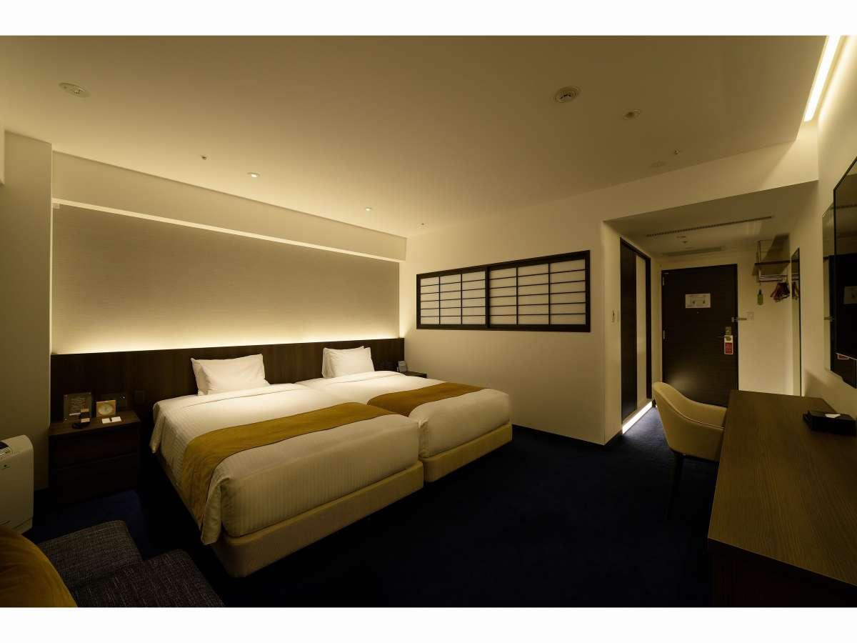 【禁煙】ハリウッドツインルーム(7階 夜)客室の一例写真です(写真の部屋:712号室)
