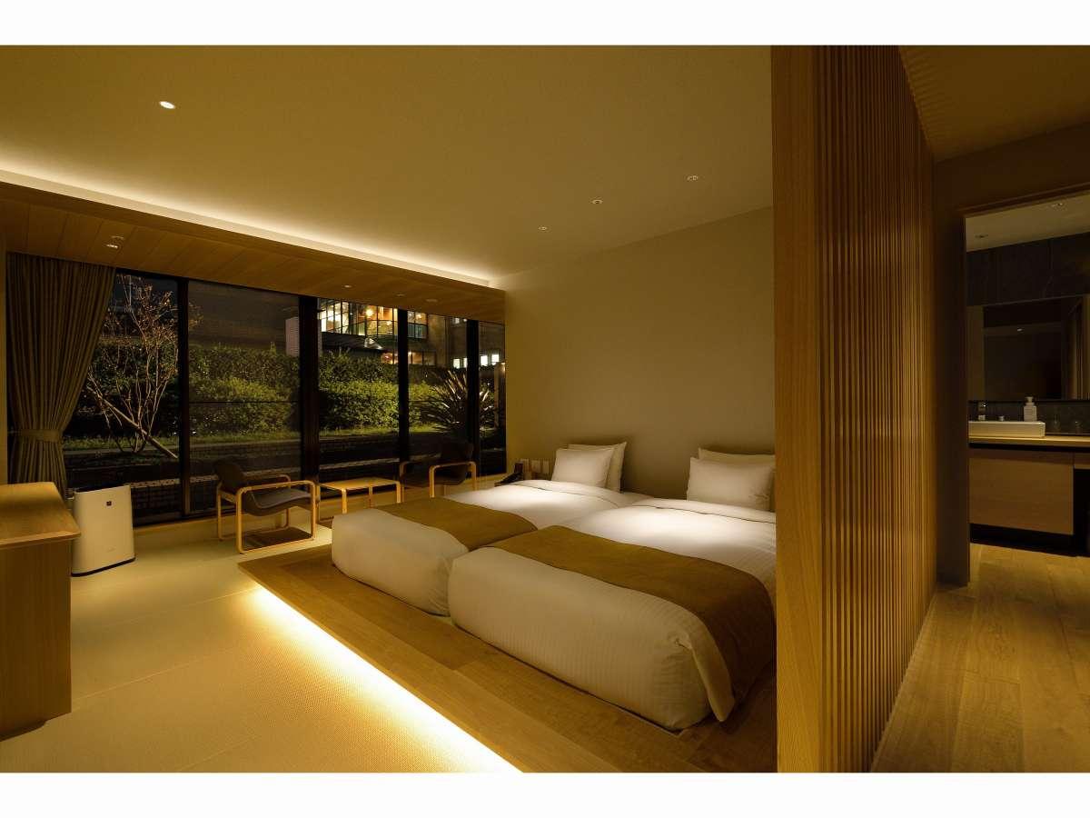 【禁煙】和デラックスツインルーム(4階 夜)客室の一例写真です(写真の部屋:413号室)