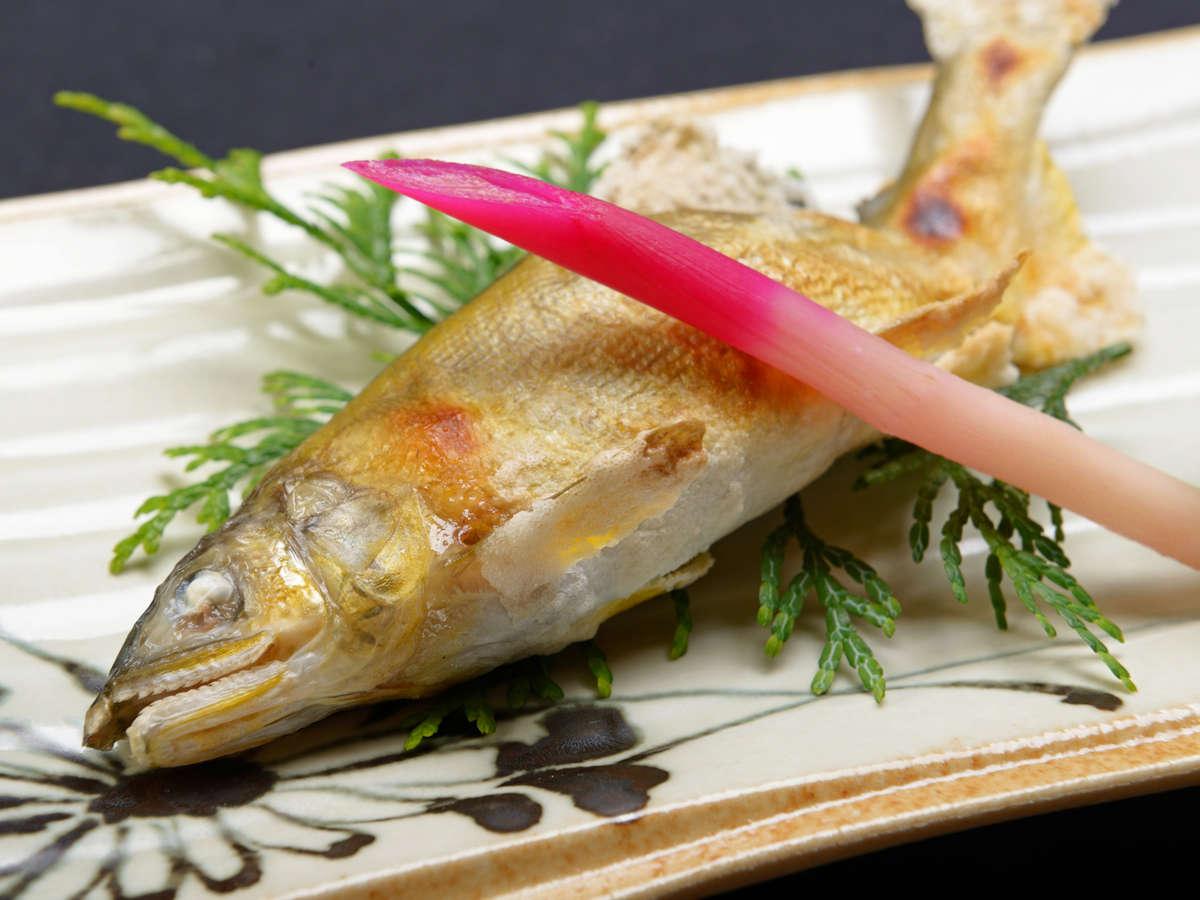 *【ご夕食一例】1品1品、食材選びから調理まで丁寧に行っております。