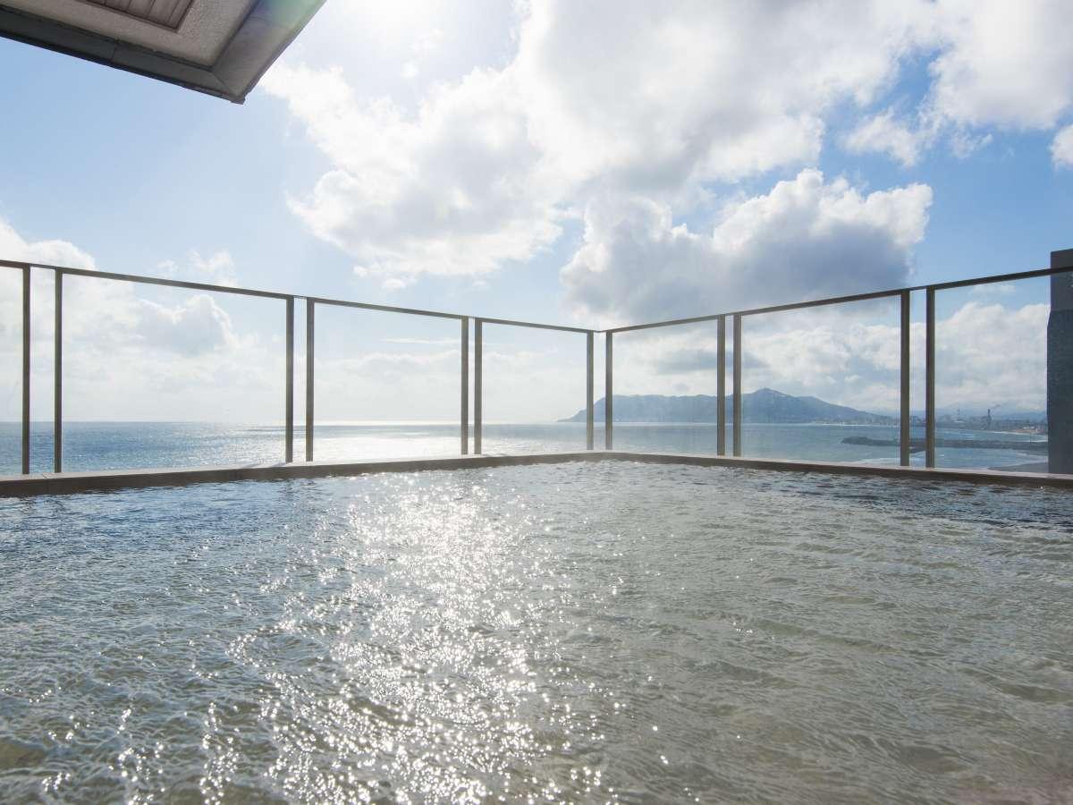 8階展望露天風呂「ウスケシの湯」
