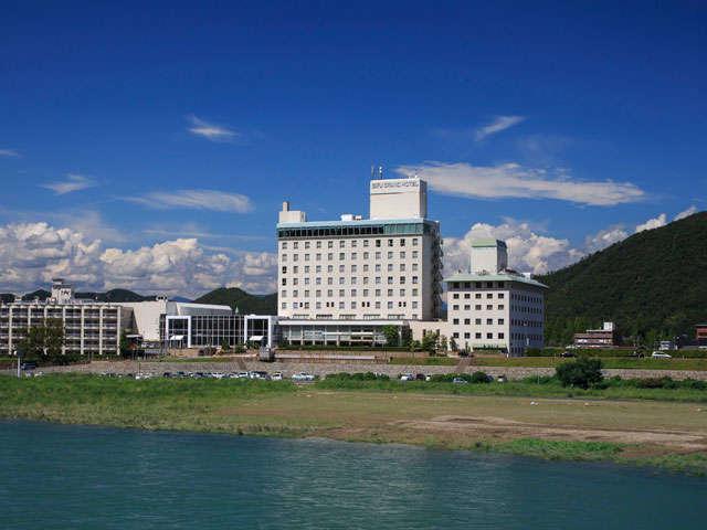 清流長良川と岐阜グランドホテル