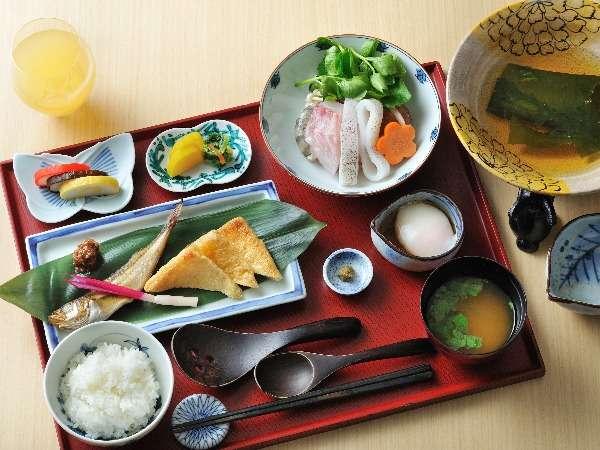 【朝食】石川県の郷土食材を用いた和食膳