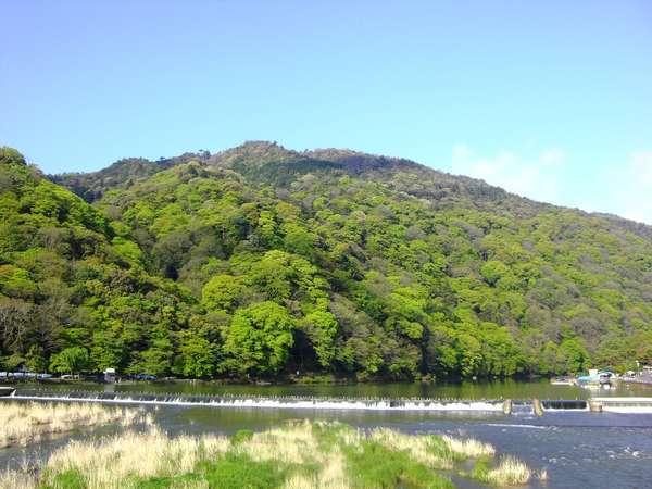 ☆青い空と緑いっぱいの嵐山。朝はすがすがしい!!