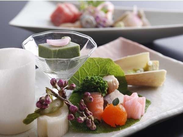 ☆春の特選会席料理一例。前菜・造里。