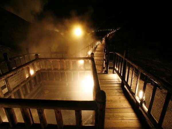 【イベント・5~11月】登別地獄谷と遊歩道を夜間ライトアップ(夜9時まで)