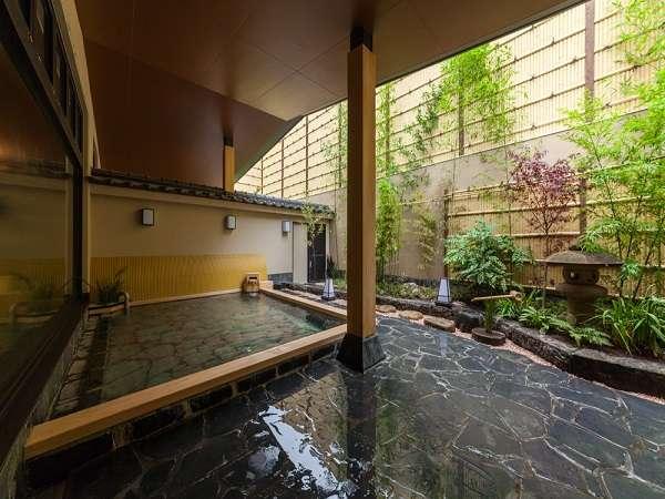 2階の温泉大浴場。15:00~25:00・5:00~9:30