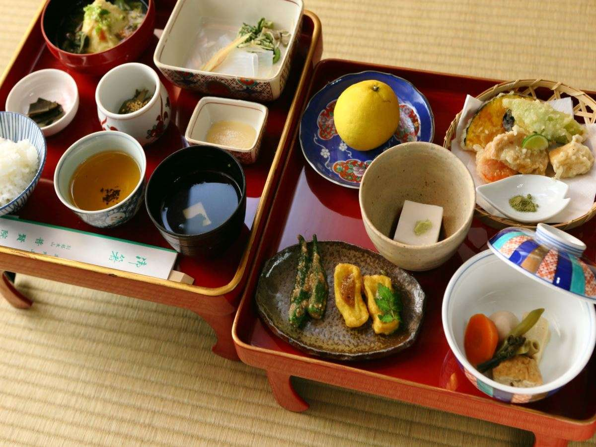 高野山の山の幸を使った精進料理(一例)