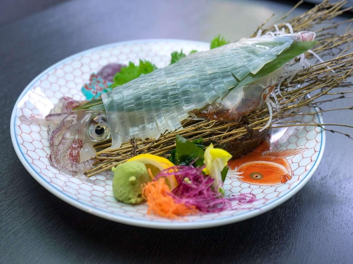 凜屋 イカの活き造り