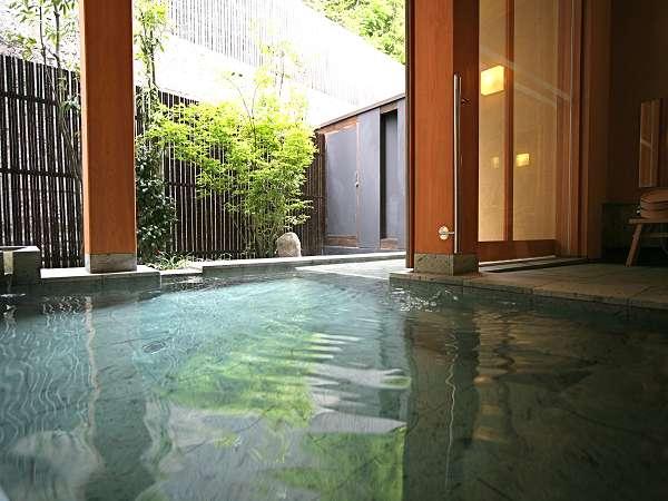 新館「陽邸さなえ田」の『清涼の湯』です。離れ宿泊者も利用OK。深夜2時まで。