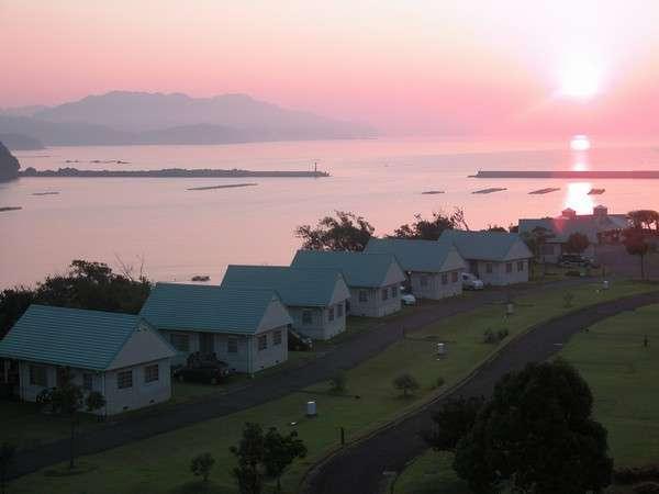 水平線からの朝日に元気が湧いてきます。