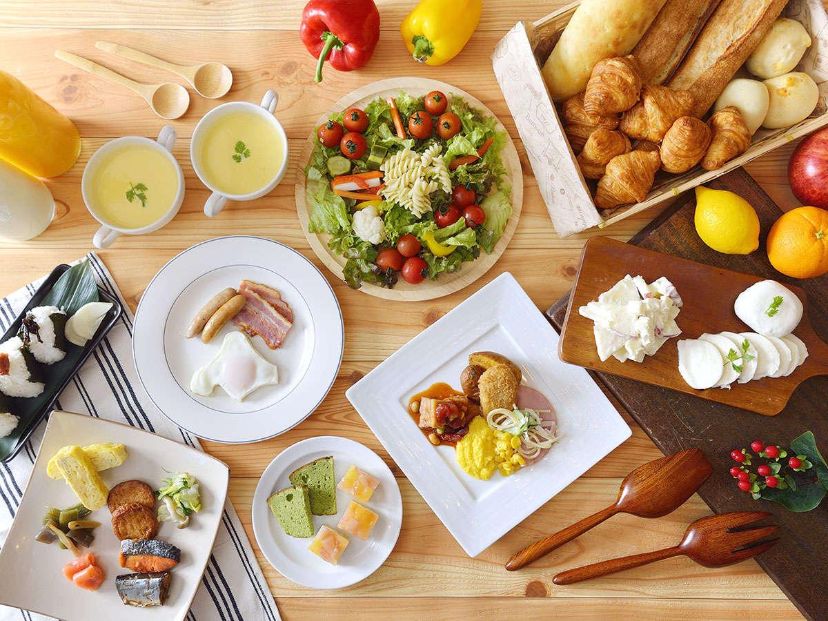 【朝食】和洋約90種のメニューで朝のエネルギーをチャージ!~(写真はイメージです)