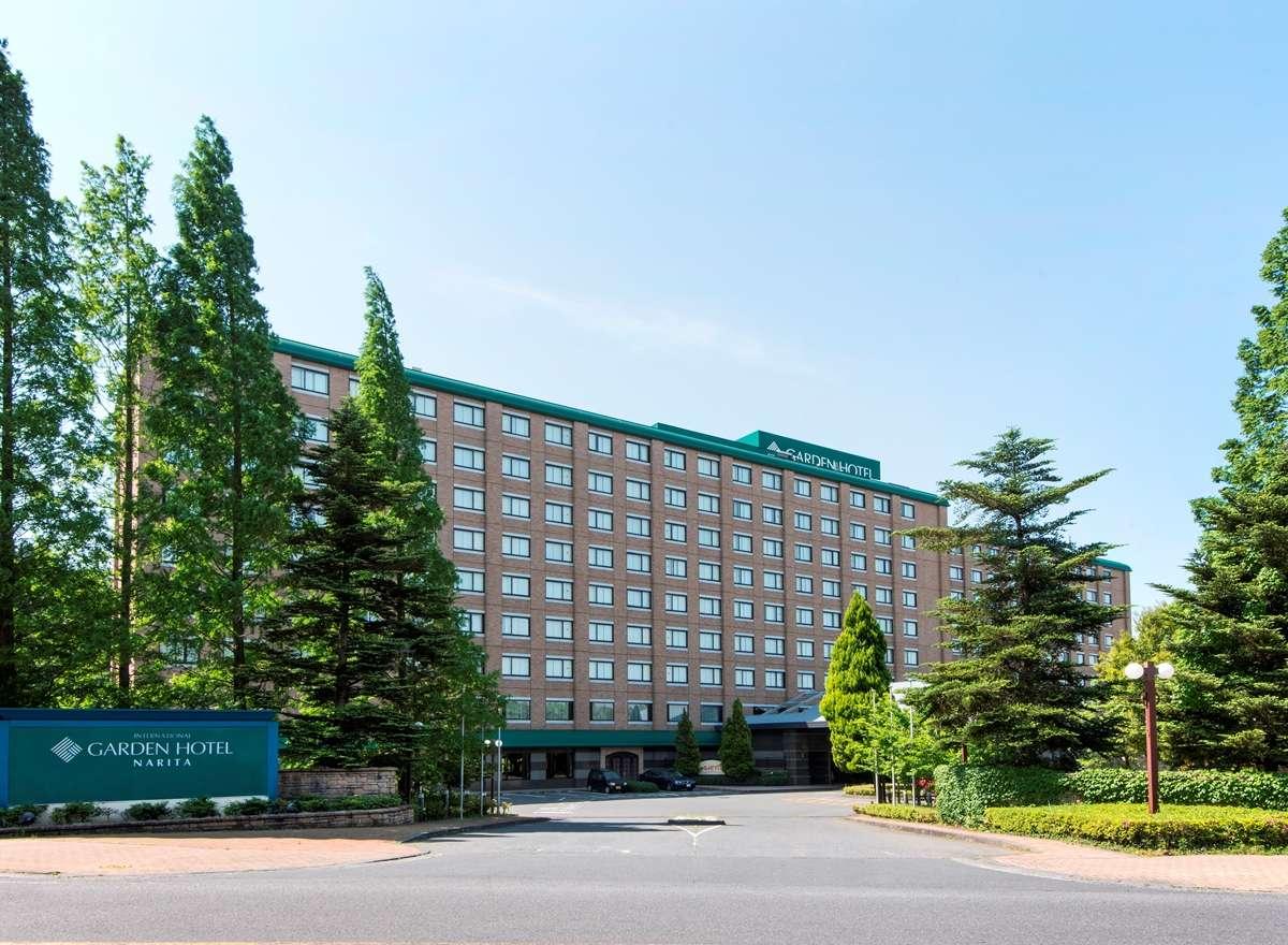 光と緑の中に建つホテル★全室ダブルベッド*ゆったり28平米客室