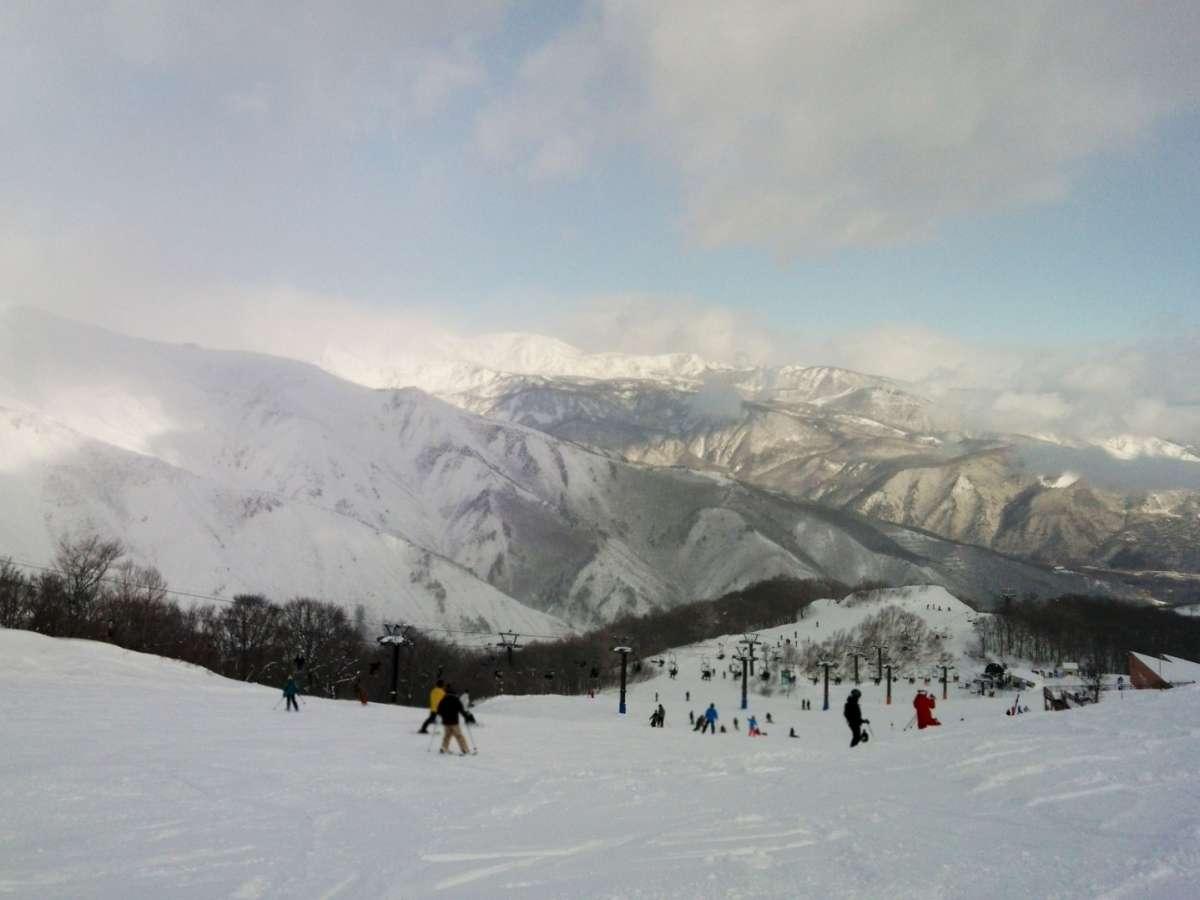 白馬五竜スキー場目の前!良質なゲレンデをご堪能ください(画像はイメージです)