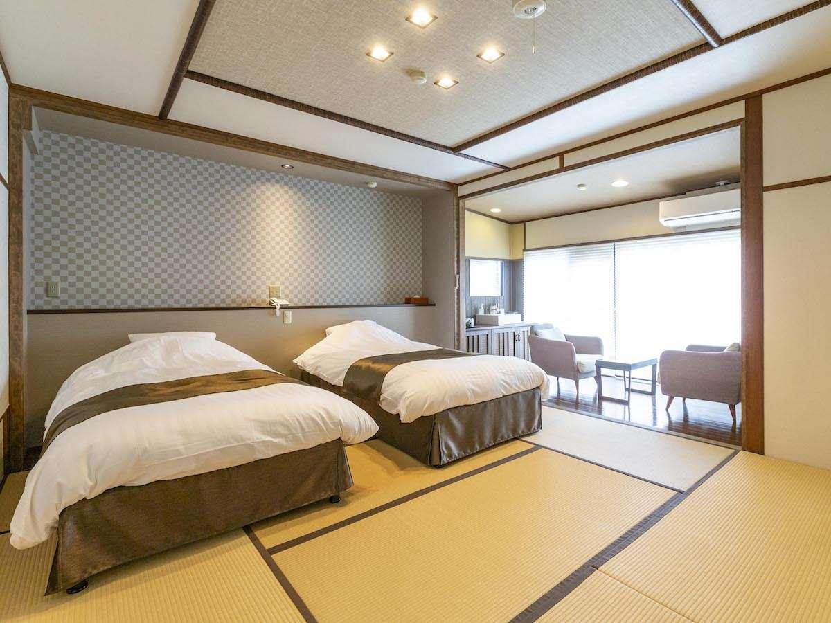 2021年2月にリニューアルオープンした3階客室。眺めの良い和洋室です