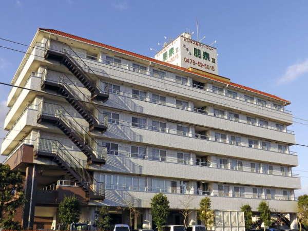 ようこそ、水郷佐原のHOTEL HOUSENへ!観光スポットはフロントスタッフへお気軽にお尋ね下さい。