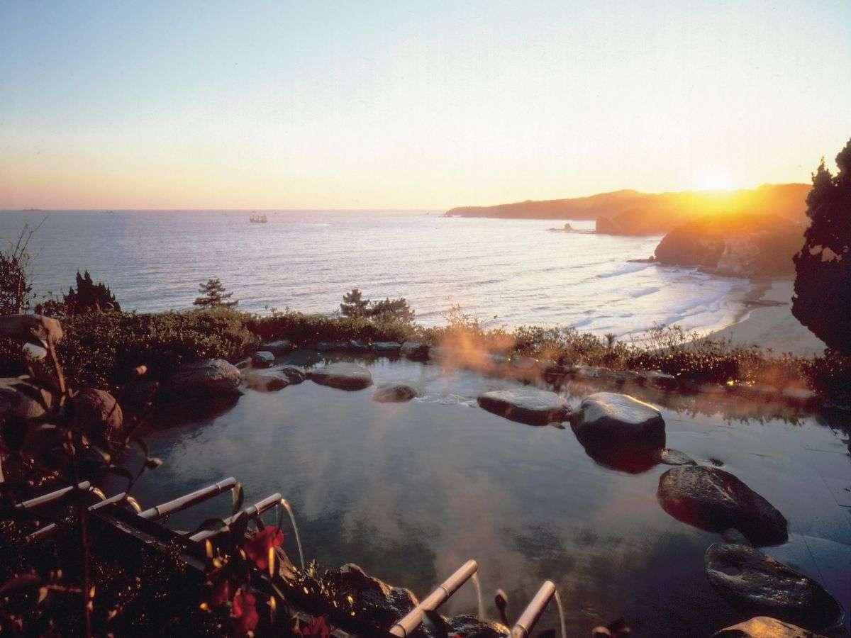 南伊豆の海を一望できる露天風呂