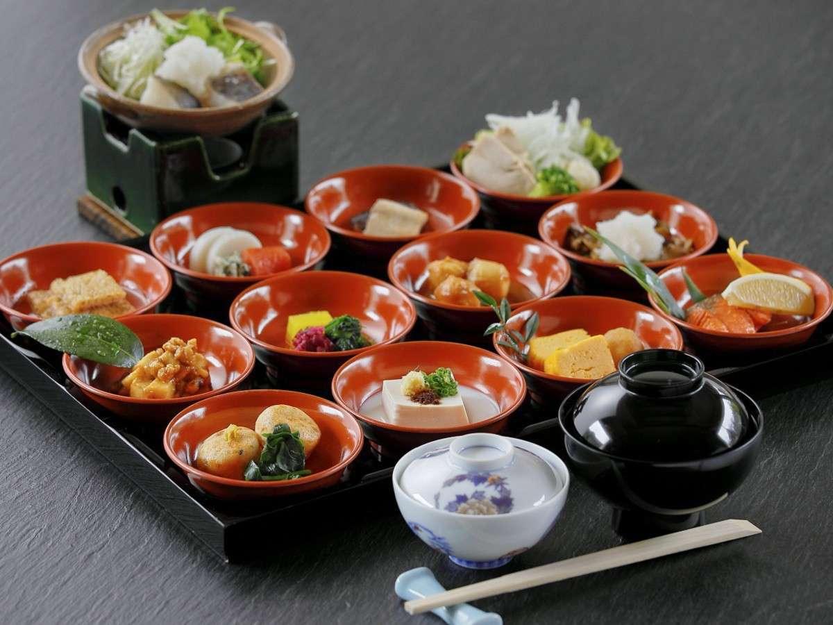 会津漆器で四季を愉しむ☆料理長おすすめ和定食(朝食) ※イメージ