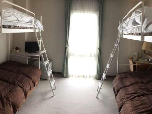 ロフトベッド使用で最大4名様まで泊まれます!
