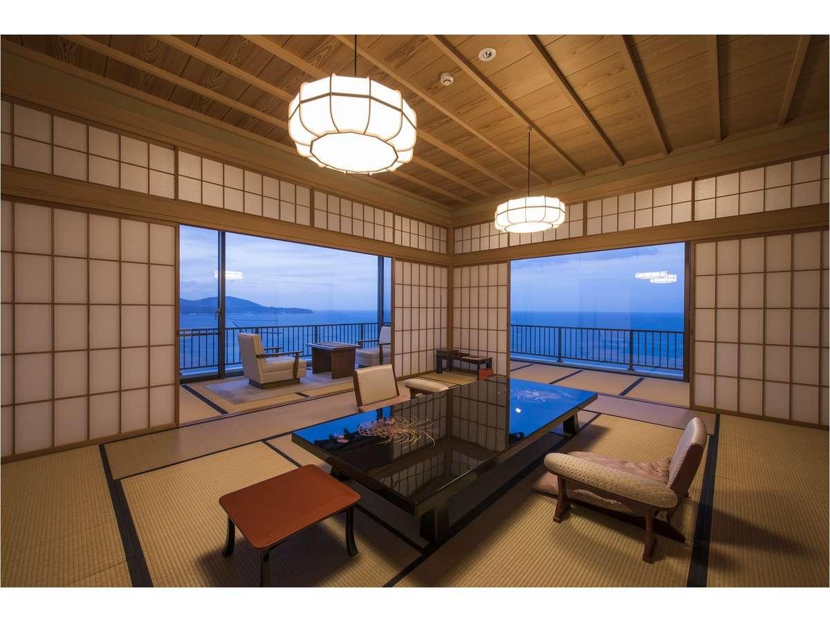 小樽市指定歴史的建造物、銀鱗荘。鰊御殿の宿は、全14客室