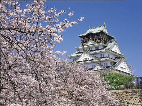 大阪城と桜景色