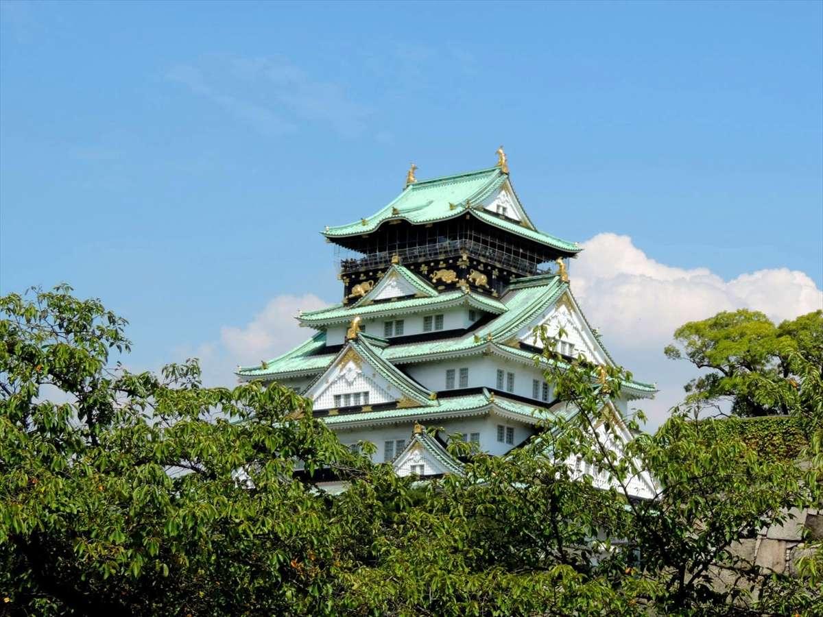 大阪城(新緑)