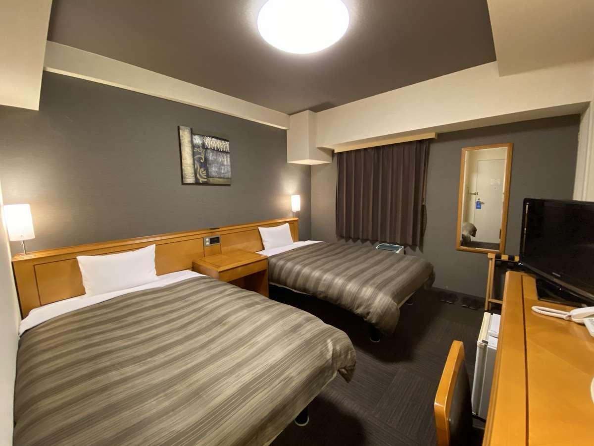 【ツインルーム】ベッド_120×196(cm) 全室無料インターネット回線完備