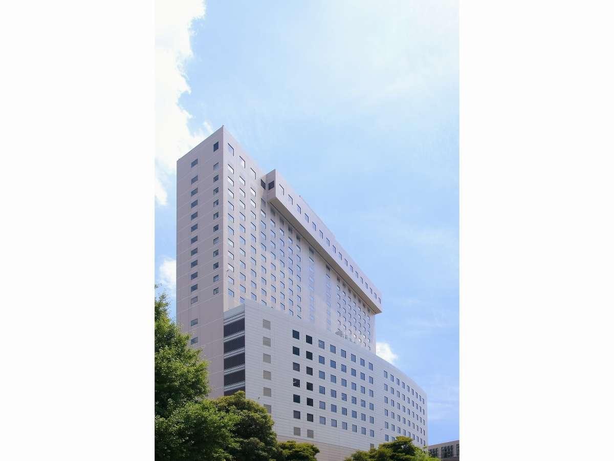 ホテル外観(日中)