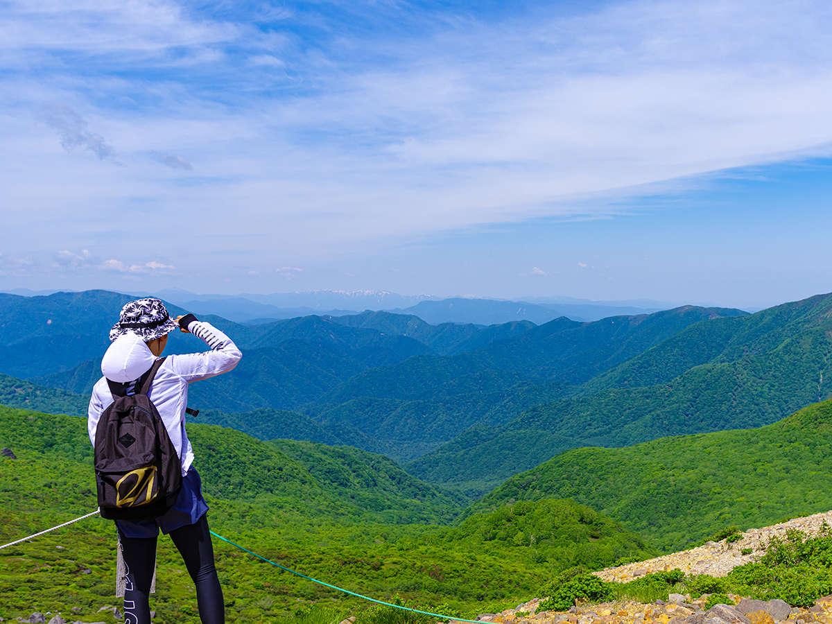 """【茶臼岳】春夏の登山で見ることのできる""""新緑""""の山々♪"""