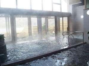 ぬめり成分硫化イオンを多く含んだ高遠温泉へお入りください