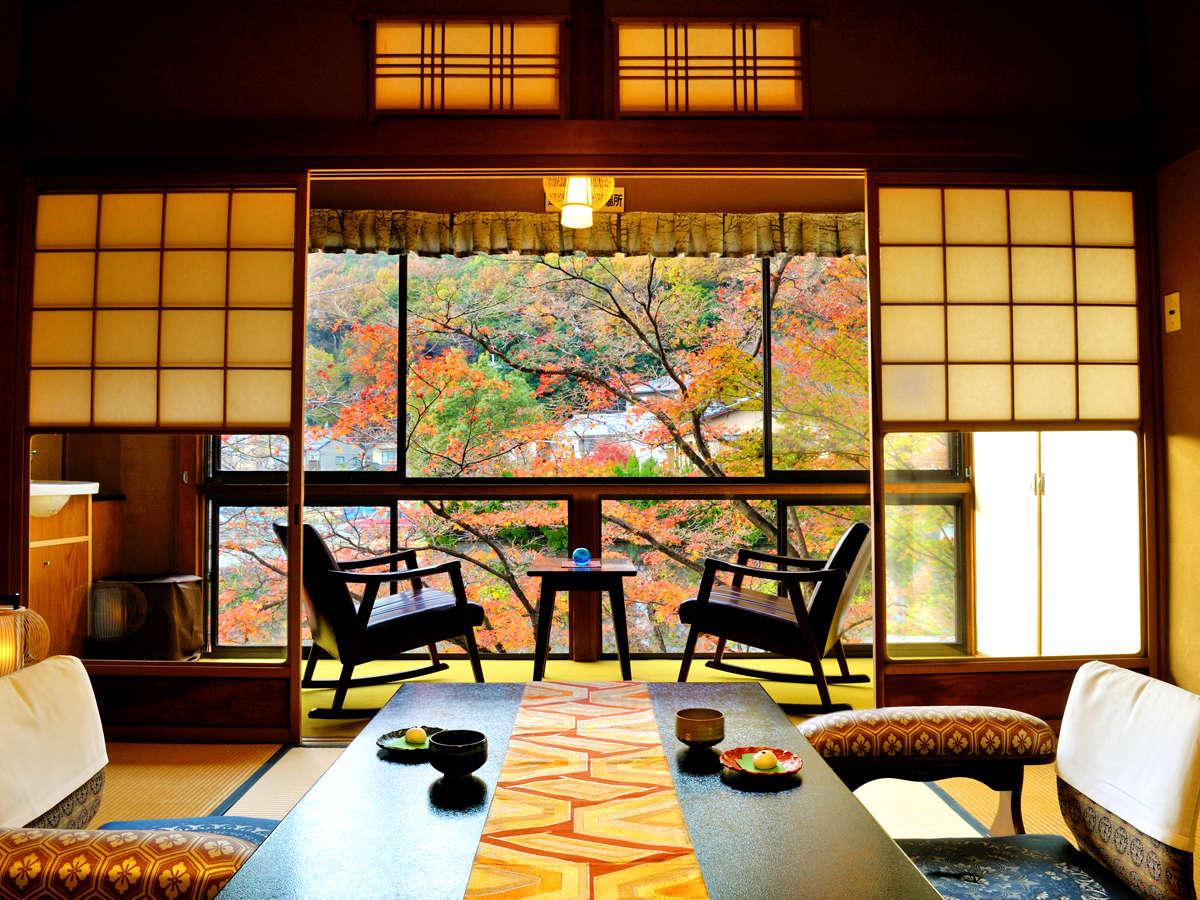 四季彩々の美しい情景。お部屋からゆるりと、眺め、楽しむことができます
