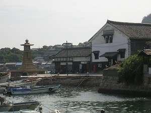 鞆の浦 江戸時代を思わせる港の風景