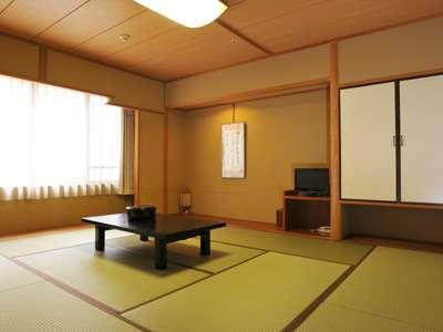 中館 【和室10畳(内風呂無)(31.5㎡)】 ゆったりくつろげる10畳の和室です。