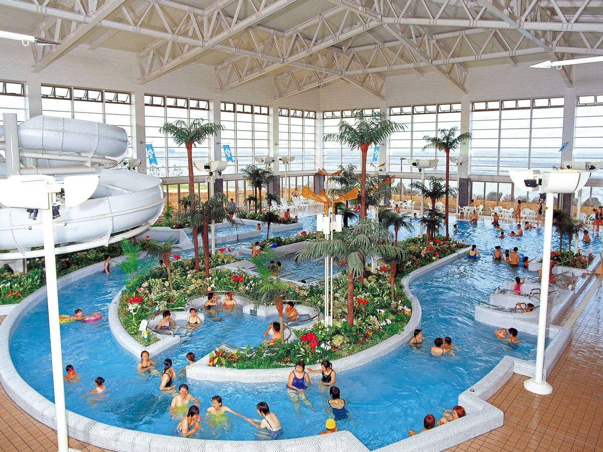 *【アクアパーク(一例)】大きな室内型プールは、冬でも入れます♪