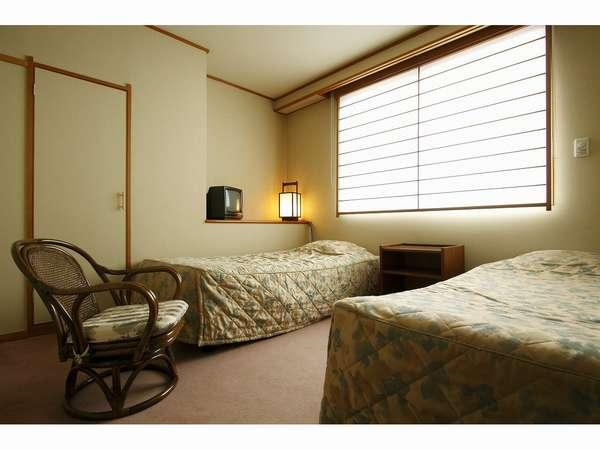 デラックスタイプ(和室10畳+ベッドルーム)のベッドルーム