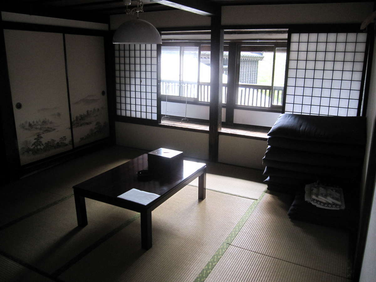 「松の間」は江戸安政時代から続くお部屋です。
