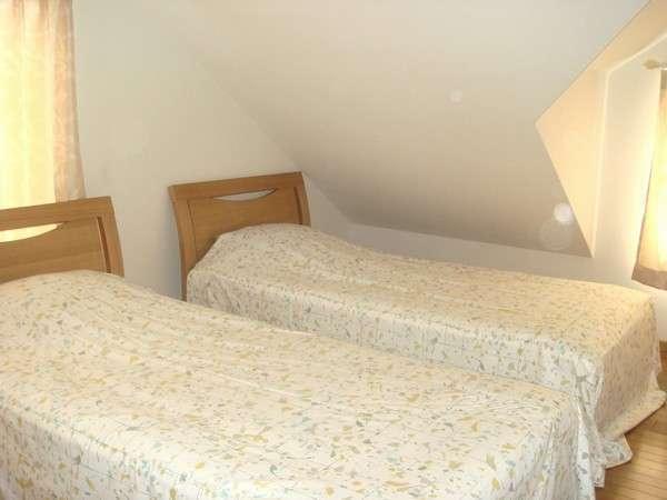 寝室 ツインベットルームが3室あります。