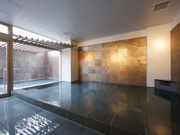 男性専用のゆったり大浴場&露天風呂。ご利用 6:00~9:00 18:00~24:00
