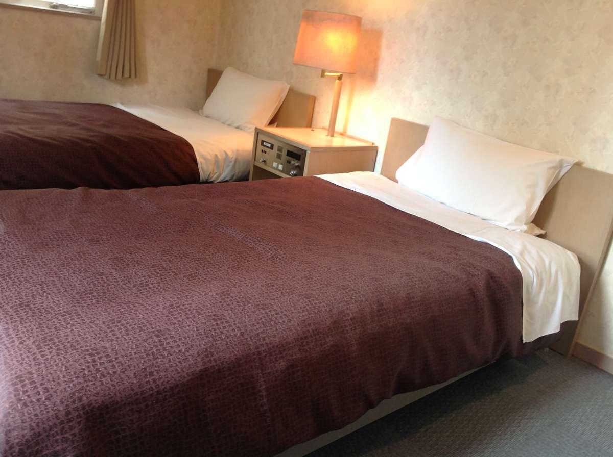 ツインルームの広々ベッドです!ベッドサイズ:100×195cm