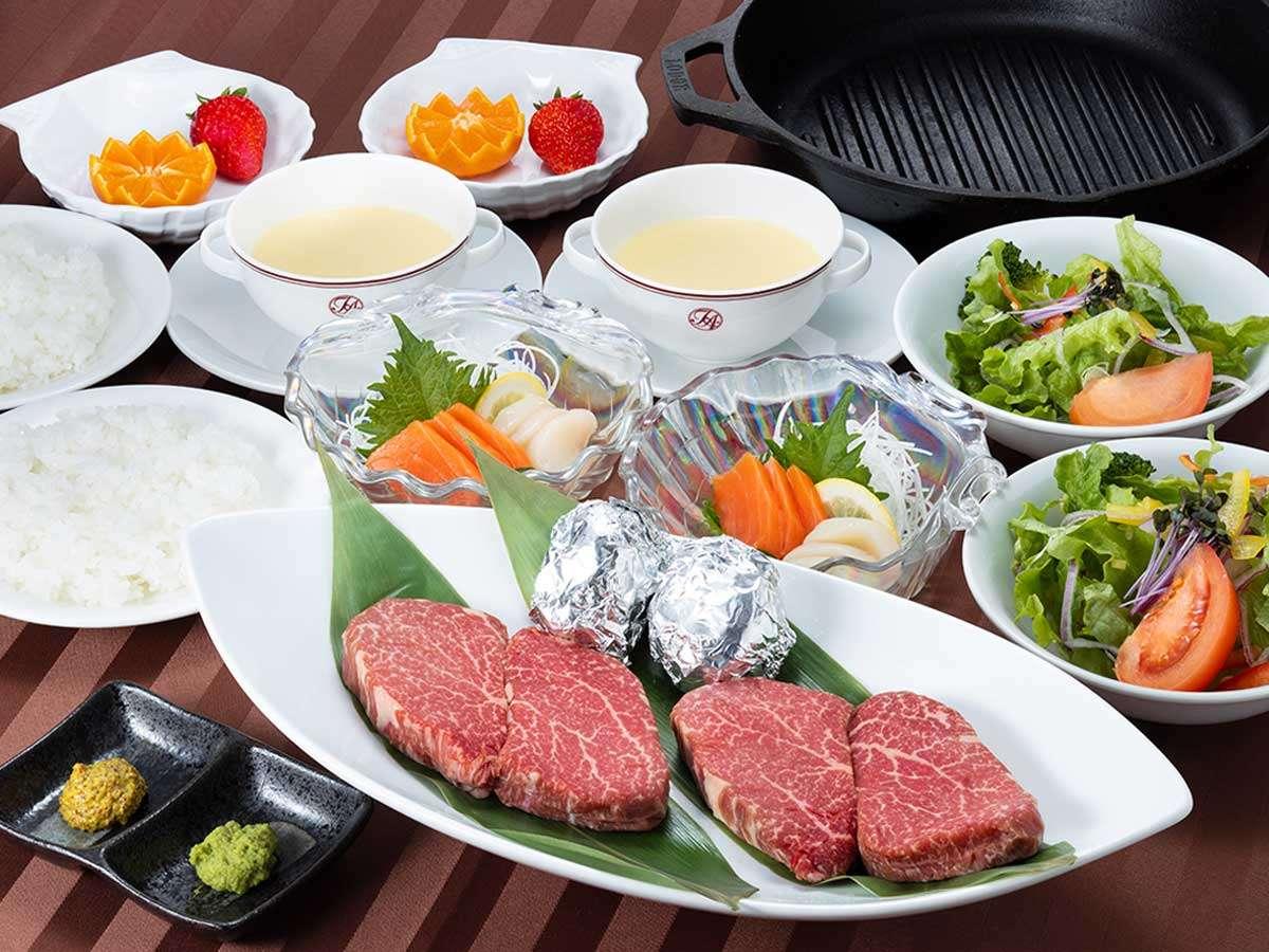 【福島牛ステーキ】一例(2名分)ご予約の際、ランプとヒレから1つお選びください。