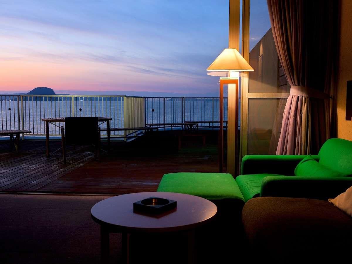 ■特別室「ザ・モーラー」■モーラー邸最上階の展望バルコニーを兼ね備えた洋室タイプの特別室です。