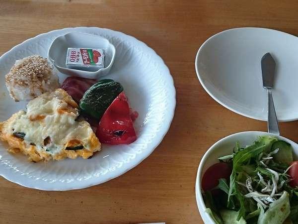 自慢の朝食!(一例)