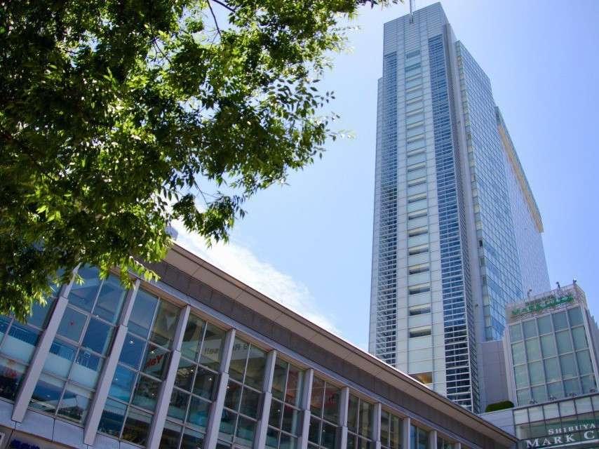当ホテルは渋谷駅から直結、「渋谷マークシティ」5階にフロントがございます。