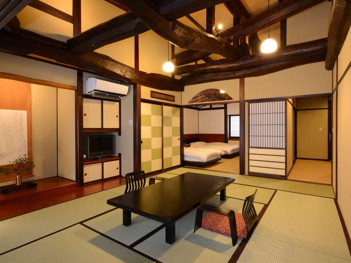 和室10畳+洋室8帖+かけ流し内風呂+トイレ