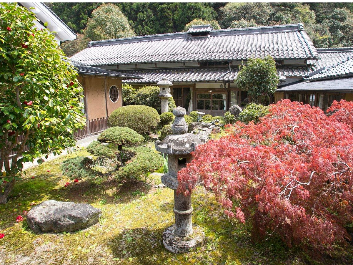 【景観:庭】中庭(逢桜庭園)