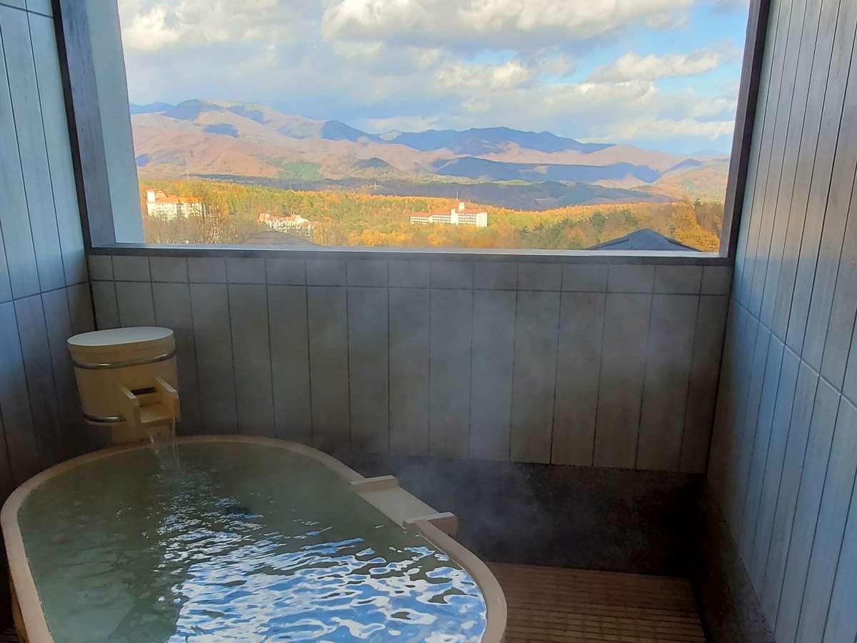 【無料貸切風呂】一幅の風景画のような眺望が、4つの趣き異なる貸切露天風呂からもご覧いただけます。