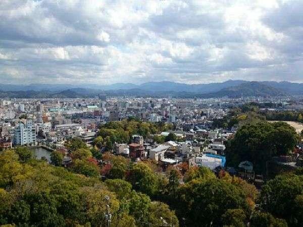 ■天守閣からの和歌山市内