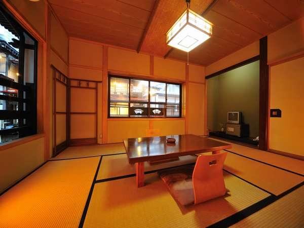 【客室例】畳でのんびりくつろぐのも◎の心地良い空間※クチコミ清潔4.5点/12年10月